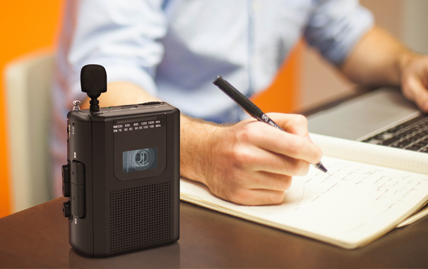 AD-PTCPASVAM/FMラジオ カセットレコーダー